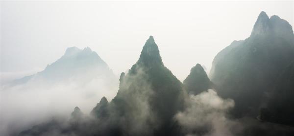 长沙+张家界+天门山+凤凰古城 双飞6天5晚跟团游